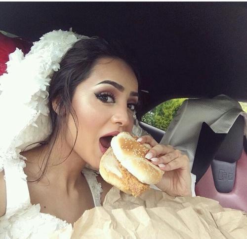novia hamburgesa