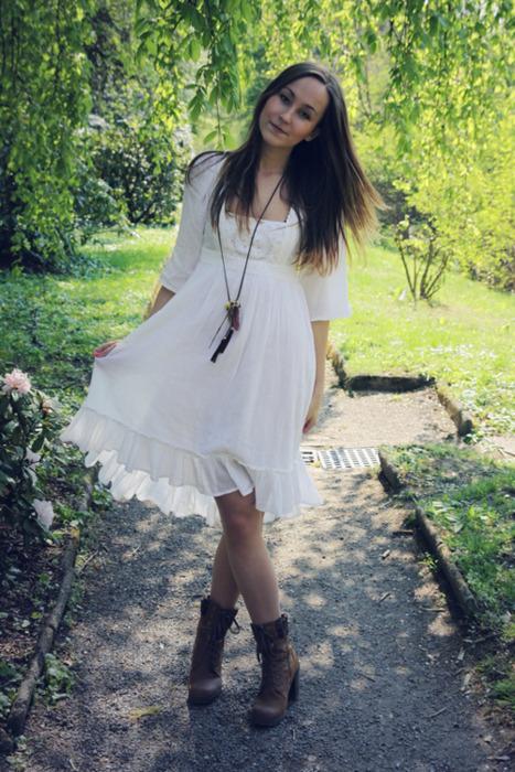 vestido con bota