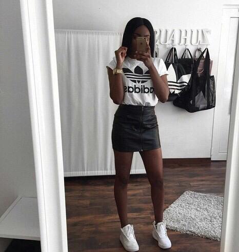 Outfits Que Con Una Chic Playera Puedes Hacer Adidas Súper rqxnUAa4r