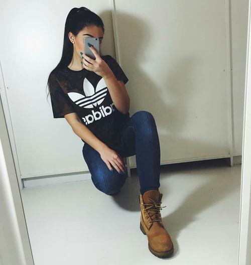 adidas jeans y botas