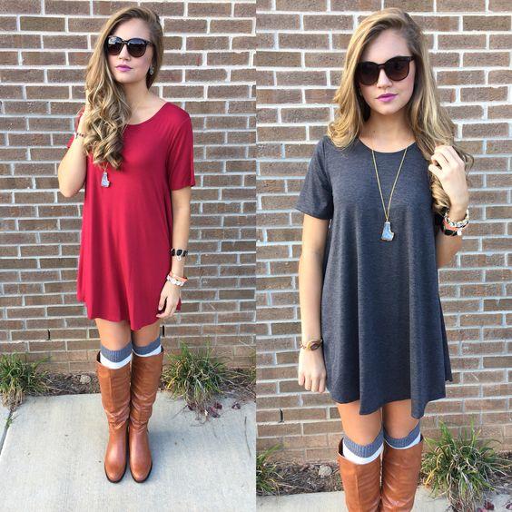 botas con tshirt dress