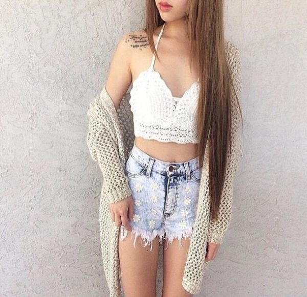 bralette con outfit chic