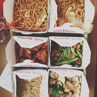 comida china en paquete