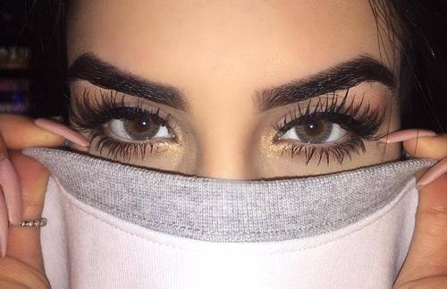 eyebroows