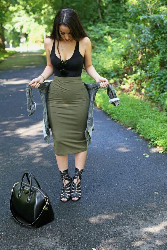 falda bodysuit