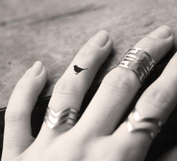 pajaro dedo