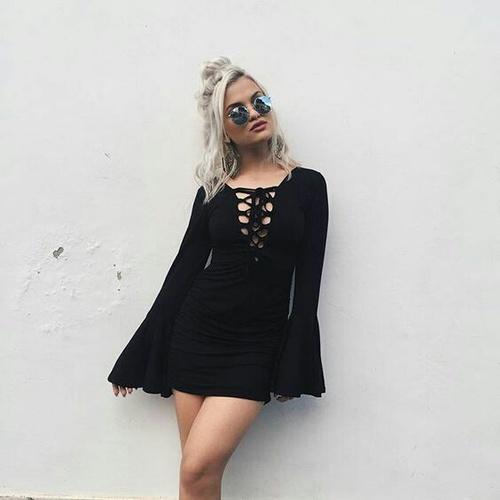vestido cortito negro