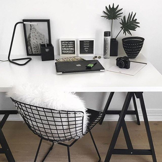 16 ideas para decorar una habitaci n blanca for Cool furniture tumblr
