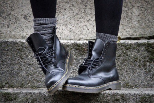 leggings boots