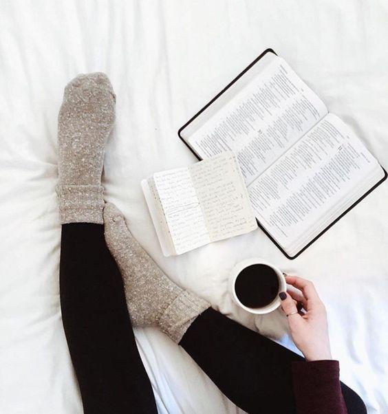 libros leyendo lindo