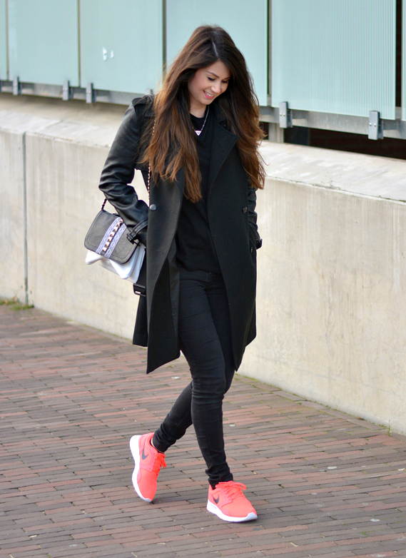 neon outfit tenis