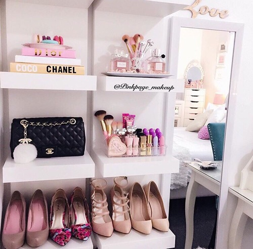 shelves shoes