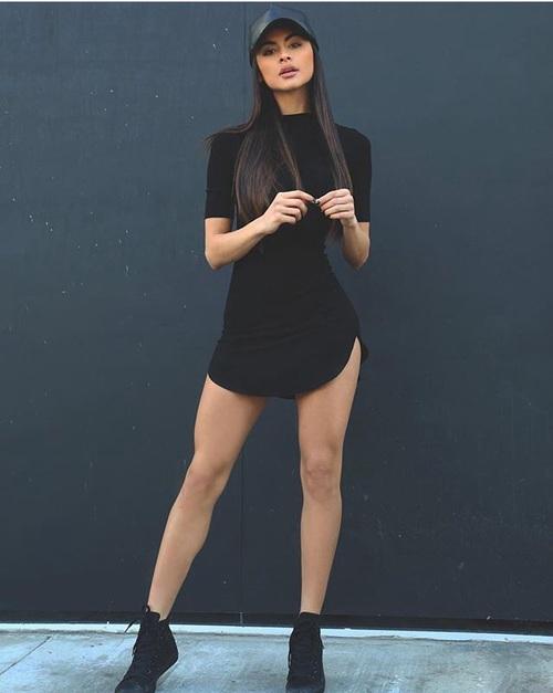 sofia miacova outfit
