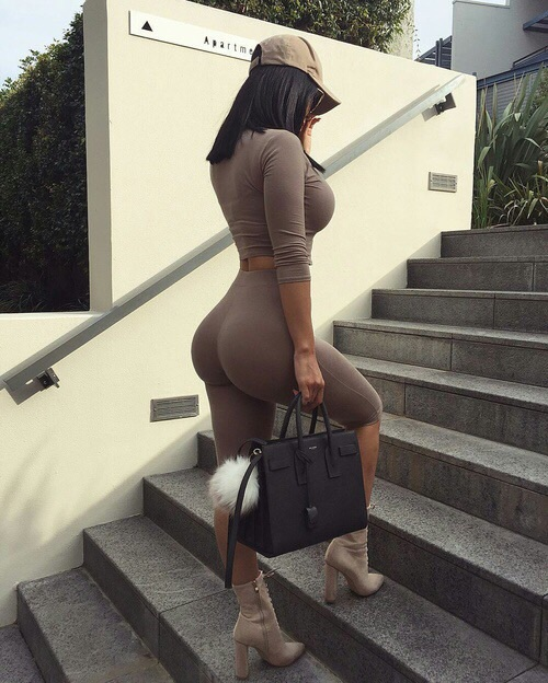 subieno escaleras
