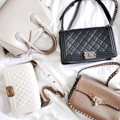 gray chanel purse