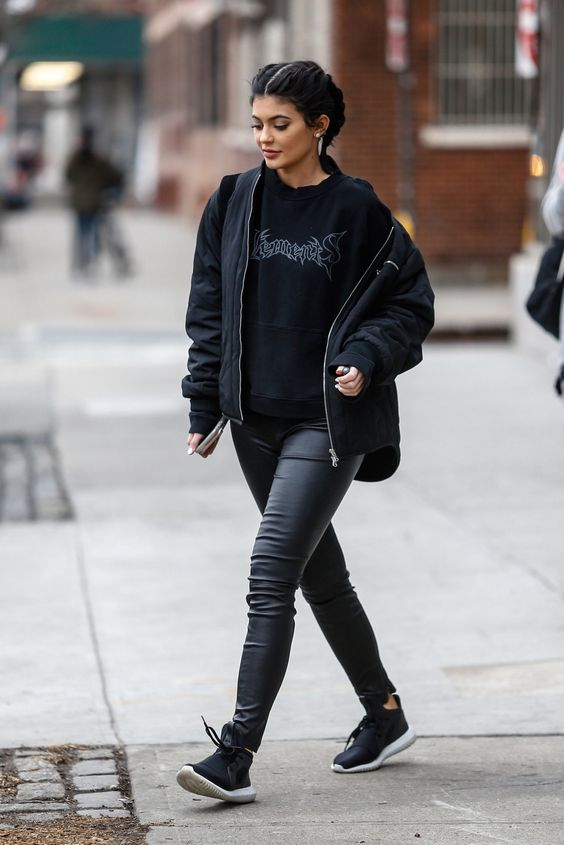 New York, NY - New York, NY - Kylie Jenner steps out in New York during NYFW wearing leather leggings paired with a Vetements hoodie and a black bomber jacket. The reality tv personality wore her black locks in french braids. AKM-GSI 17 FEBRUARY 2016 To License These Photos, Please Contact : Maria Buda (917) 242-1505 mbuda@akmgsi.com or Steve Ginsburg (310) 505-8447 (323) 423-9397 steve@akmgsi.com sales@akmgsi.com