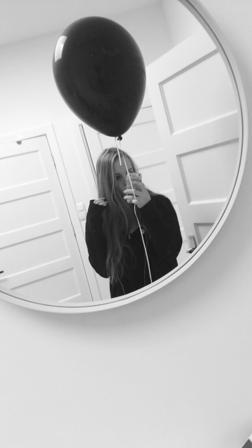 mirror balloon
