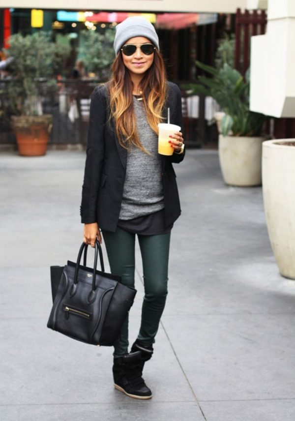 outfit-con-wedge-jeans