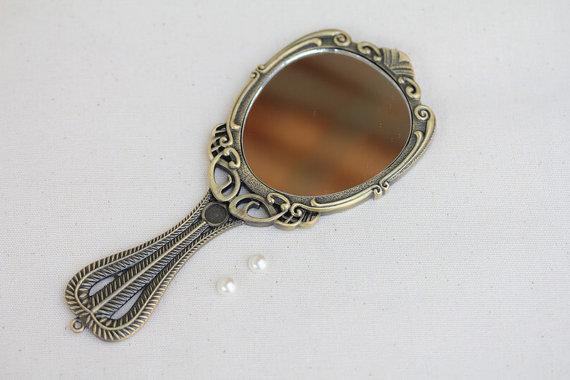 victorian-mirror