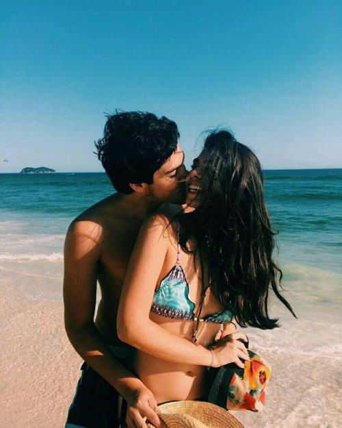 beach-couples