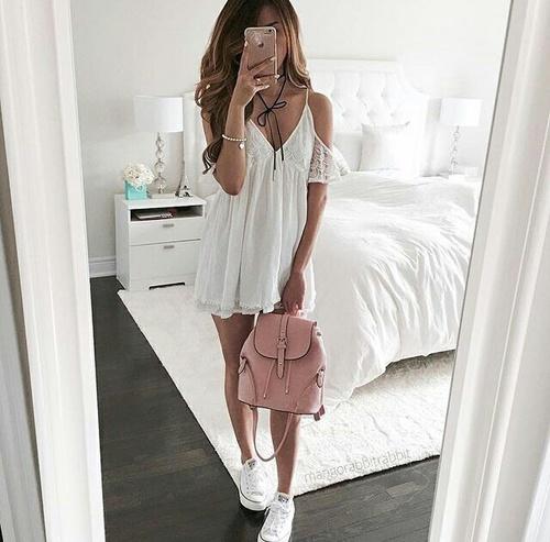 con-mochila-rosa