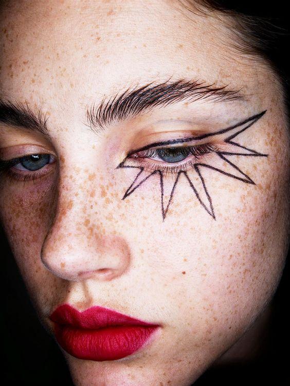 eyeliner-pum