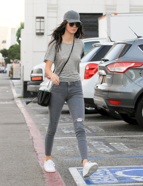 kendall-outfit