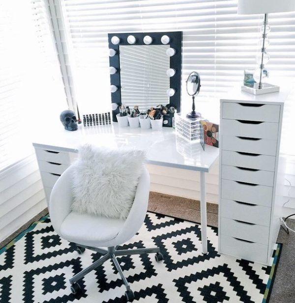mirror-chic