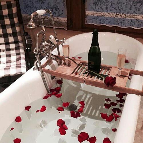 romantic-bath