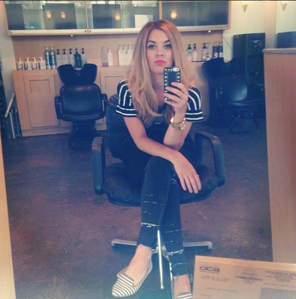 selfie_chair