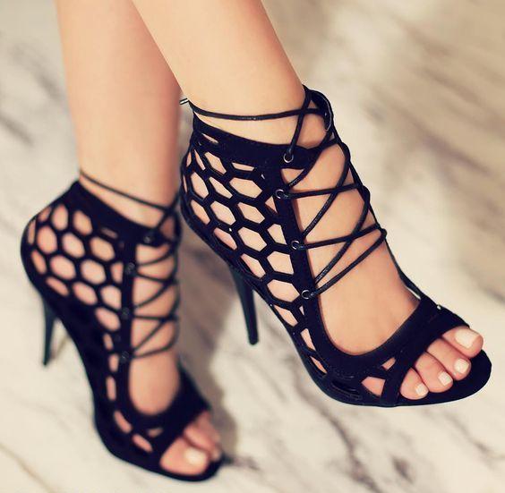 zapatos-hermosos-negros
