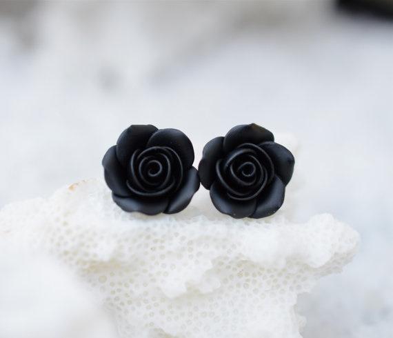 aretes-negros-rosas