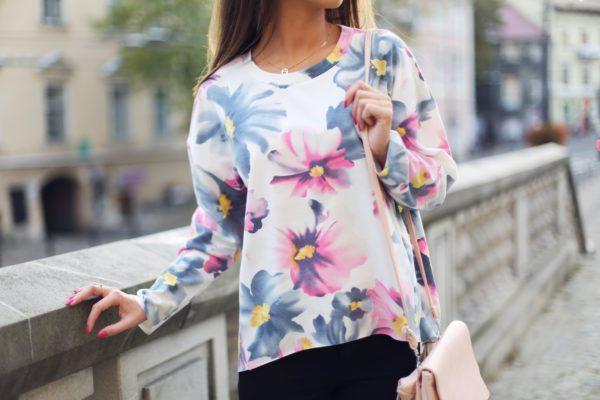 floral-hoodie