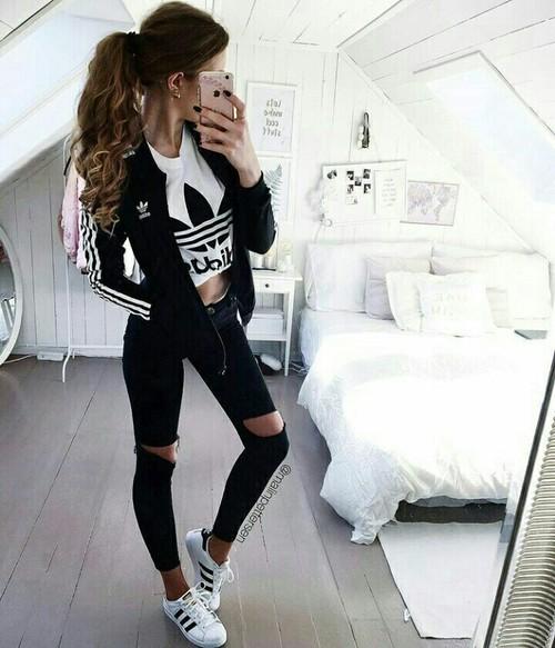 negro-adidas