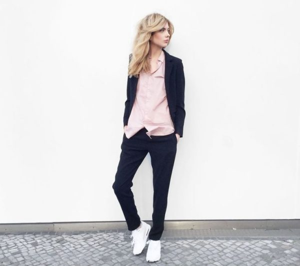 outfit-con-sneakers