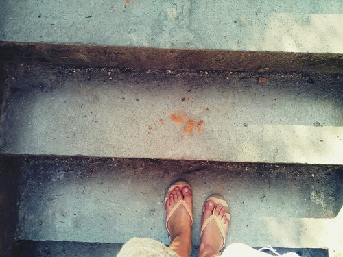pies-escalera