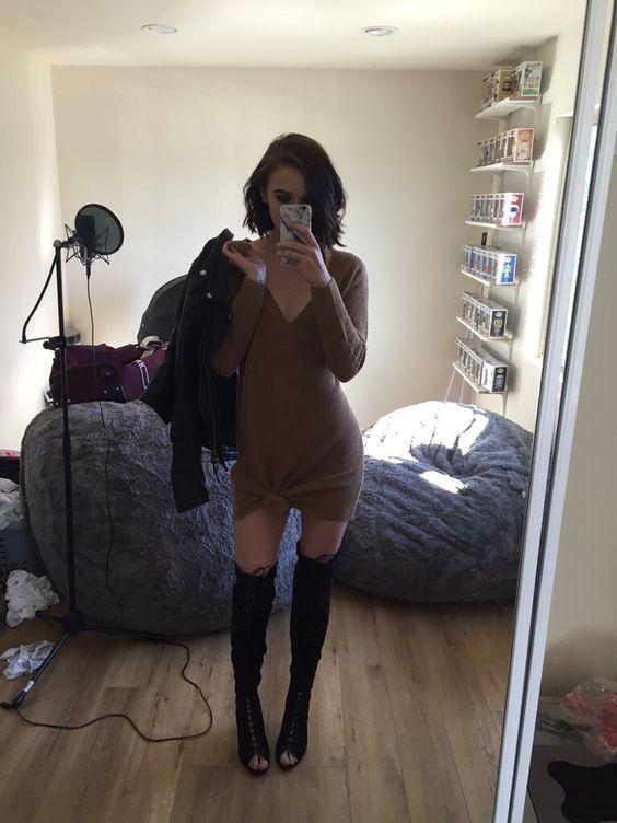 sweater-dress-chic