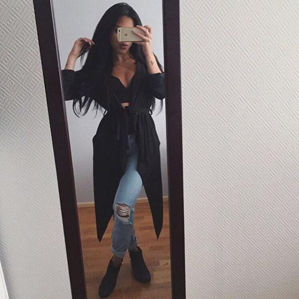 Poses que puedes hacer al tomarte una selfie en el espejo for Espejo de pared cuerpo entero