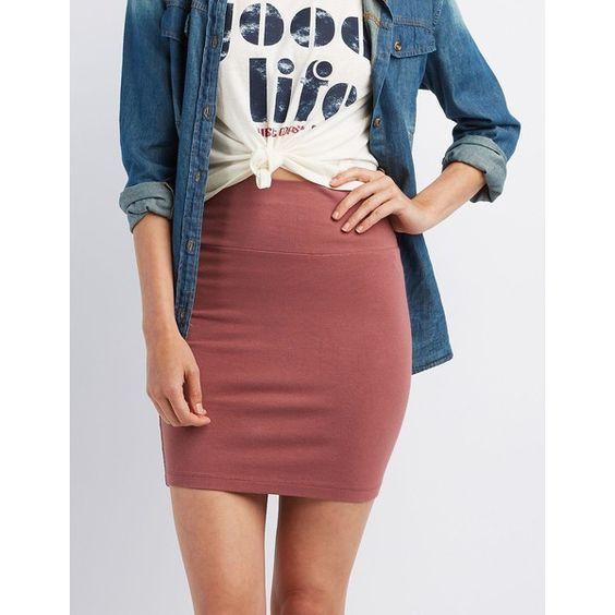 426eade6bb Las faldas a cuadros no son sólo para lograr un look de colegiala