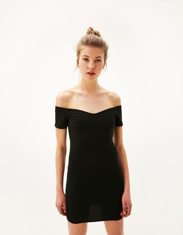 Collar para vestido negro strapless