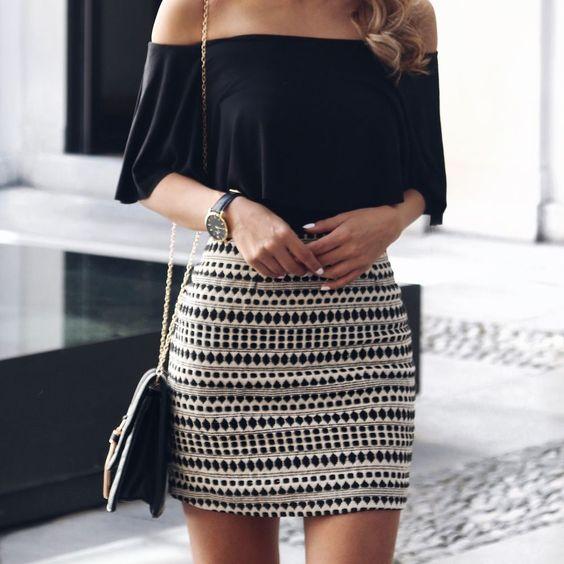 Formas en las que un bodysuit mejorar tu apariencia en una falda - Zoom ontwerp ...