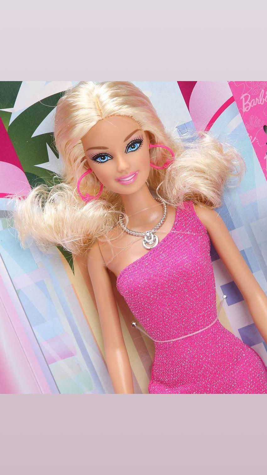 Juegos De Vestir Barbie Y Maquillar Peinar Pintar Uñas