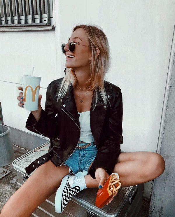 Happiness is in these 10 looks for your weekend